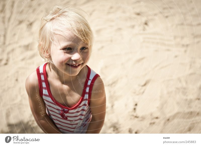 Human being Child Girl Summer Beach Face Sand Hair and hairstyles Head Small Infancy Blonde Happiness Stand Childhood memory Cute