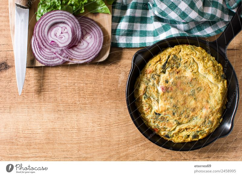 Frittata Food Vegetable Cooking oil Breakfast Lunch Dinner Vegetarian diet Diet Italian Food Pan Healthy Healthy Eating Kitchen Food photograph Egg Spinach