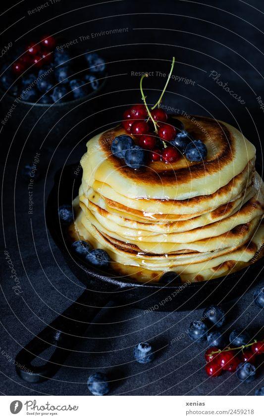 Red Dark Food photograph Black Yellow Fruit Nutrition Sweet Round Hot Breakfast Bowl Vegetarian diet Sugar Stack