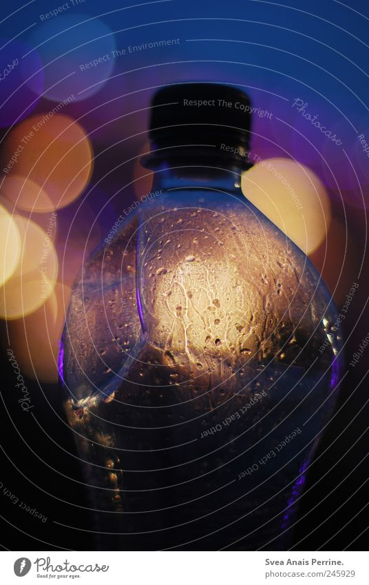 Glittering Drops of water Statue Bottle Visual spectacle Neck of a bottle Point of light Bottle of water PE bottle Bottle top