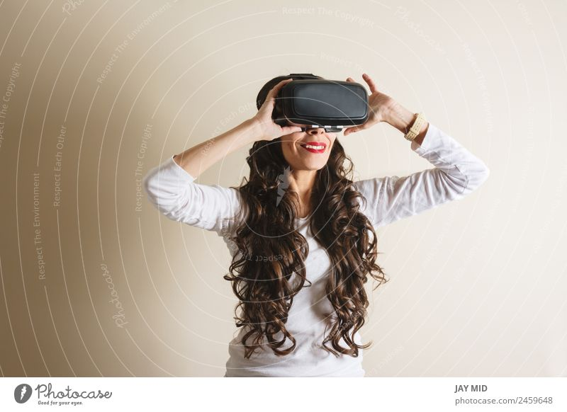 woman living experience, while smiling, VR glasses Woman Human being White House (Residential Structure) Adults Wall (building) Funny Emotions Feminine Movement