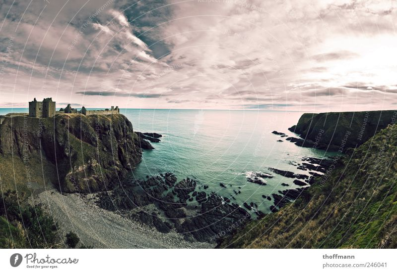 Sky Nature Water Summer Ocean Clouds Wall (building) Environment Mountain Landscape Wall (barrier) Coast Horizon Longing North Sea Beautiful weather