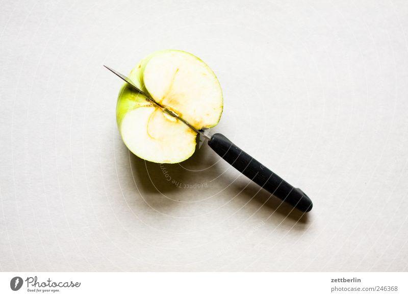 Half apple Food Fruit Apple Breakfast Organic produce Vegetarian diet Diet Slow food Knives Feeding Healthy equilibrium Eating Cut Snack Neighborhood Vitamin