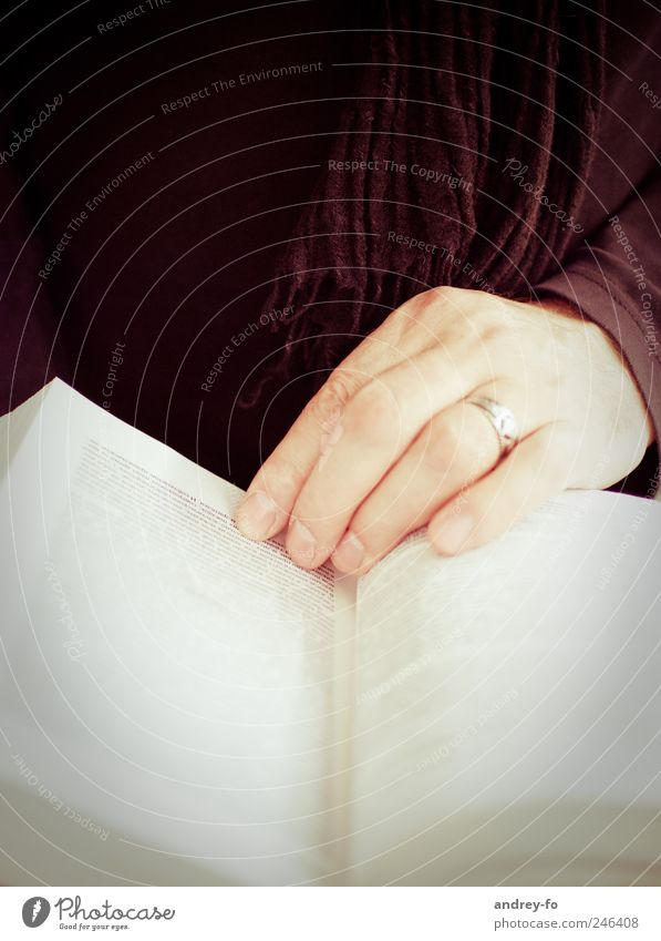 Hand Brown Book Fingers Study Academic studies Reading Newspaper Ring Page Know Fingernail Scarf Text Library Reader
