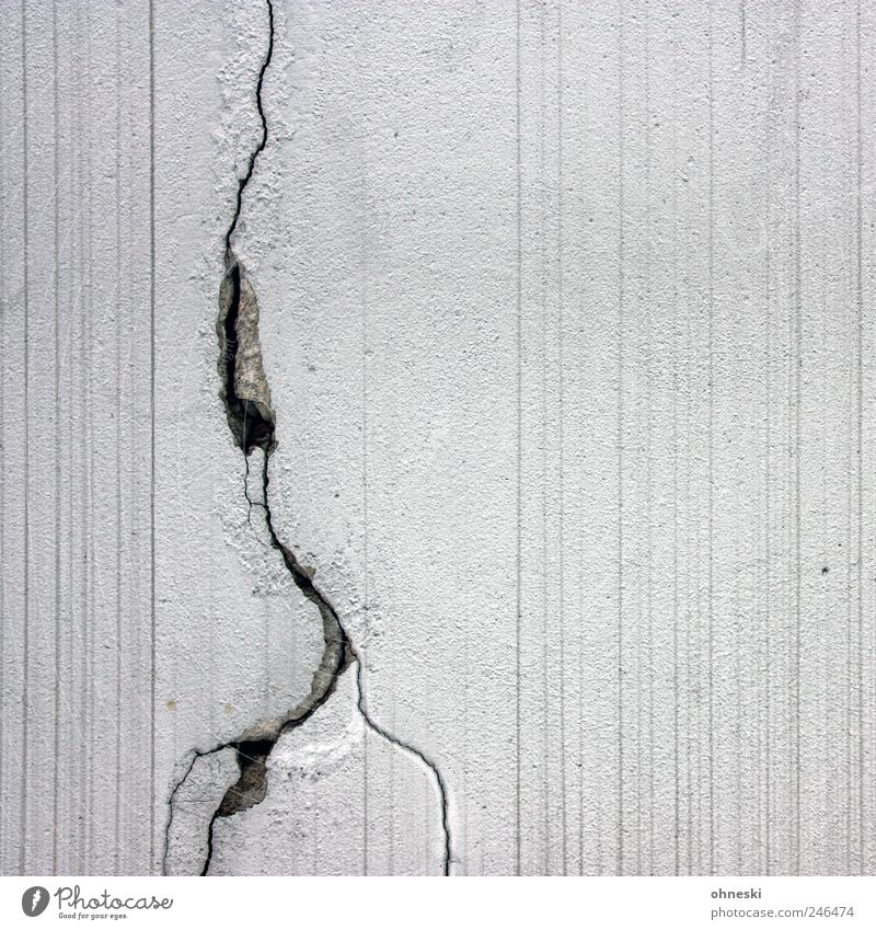 thunderstorms Thunder and lightning Lightning Manmade structures Wall (barrier) Wall (building) Facade Concrete White Crack & Rip & Tear Stripe Line