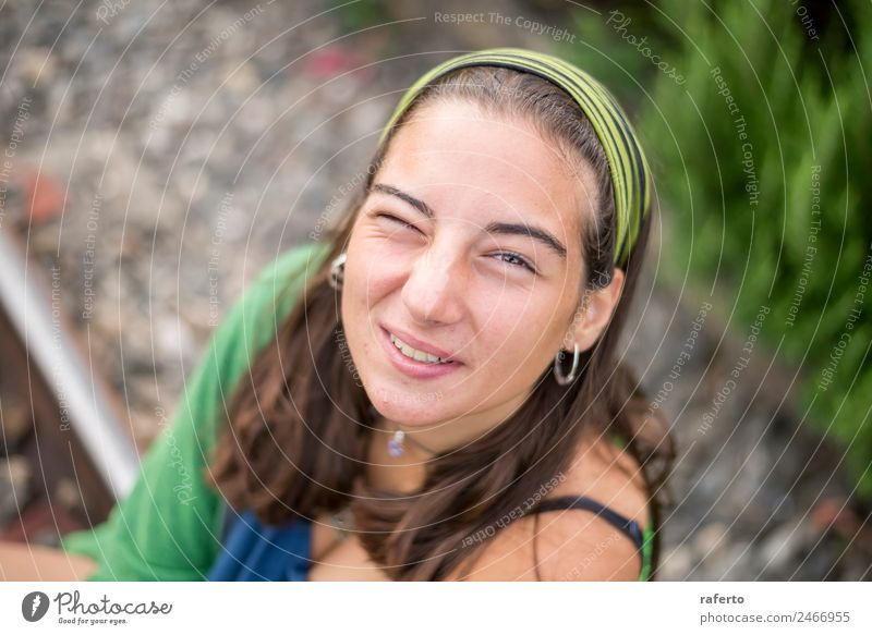 Portrait of a beautiful young woman outdoor smiling Human being Feminine Young woman Youth (Young adults) Woman Adults Head 1 13 - 18 years 18 - 30 years