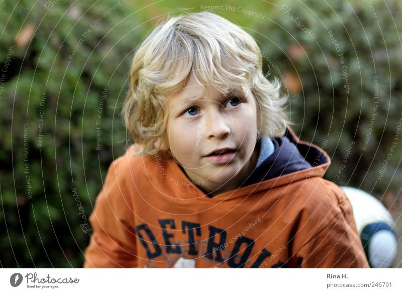 Little footballer Human being Masculine Boy (child) Infancy 3 - 8 years Child Hair and hairstyles Blonde Short-haired Joy Happiness Joie de vivre (Vitality)