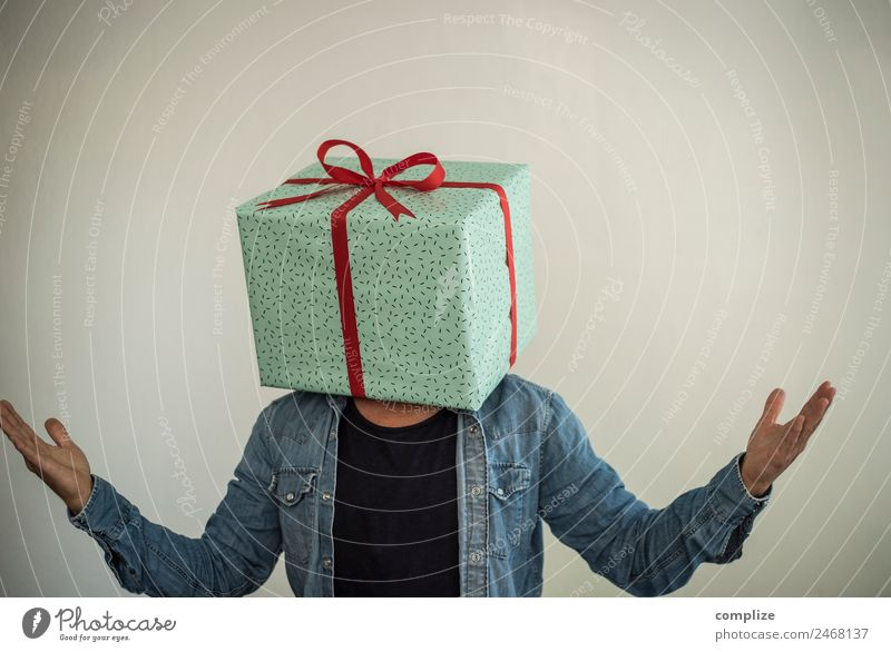 Man gives!? Shopping Luxury Joy Happy Healthy Leisure and hobbies Party Flirt Feasts & Celebrations Valentine's Day Mother's Day Christmas & Advent Wedding