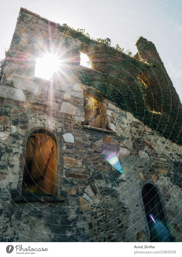 Ireland - Clifden Castle Vacation & Travel Trip Adventure Far-off places Sky Ivy Ruin Wall (barrier) Wall (building) Window Door Tourist Attraction Broken