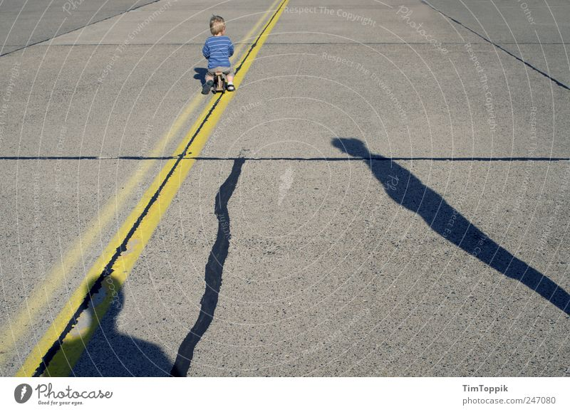 so lonely Street Family & Relations Family planning Divorce Relationship Crisis Child Shadow Silhouette Divide Drifted apart Diverge Loneliness Problem Parents