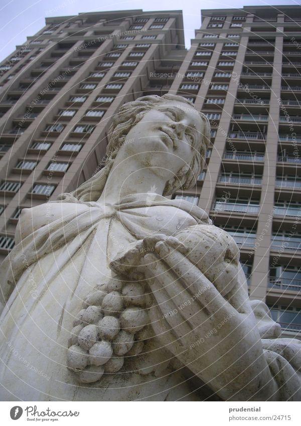 Stone Art Architecture High-rise Kitsch Living or residing Statue Goddess