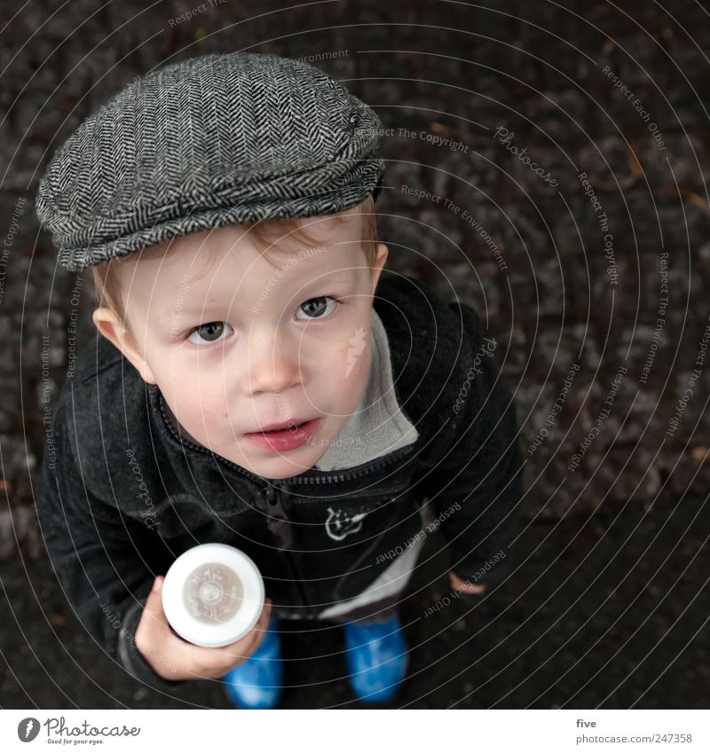 Human being Child Joy Boy (child) Head Hair and hairstyles Happy Infancy Contentment Blonde Masculine Happiness Friendliness Toddler Hat Cap