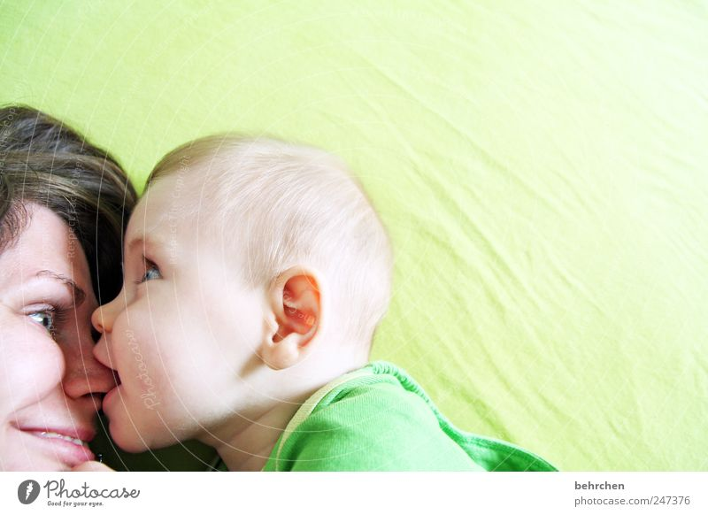 Human being Woman Green Joy Face Adults Eyes Love Hair and hairstyles Happy Funny Baby Mouth Masculine Nose Happiness