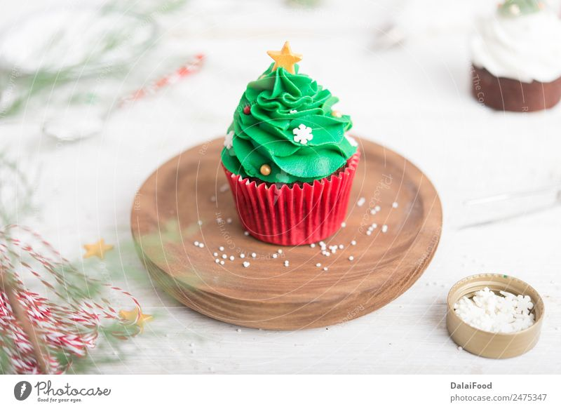 Cupcake christmas tree Dessert Winter Decoration Feasts & Celebrations Christmas & Advent Tree Bright Green White Colour Baking cream Festive food Frost Icing