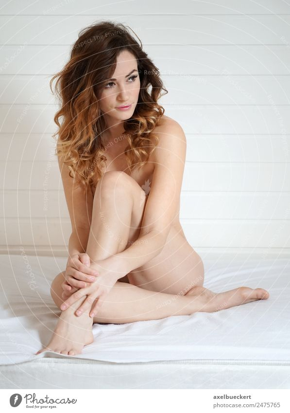 naked woman covering body Woman Human being Youth (Young adults) Young woman Naked Beautiful White Eroticism Relaxation 18 - 30 years Adults Lifestyle Feminine