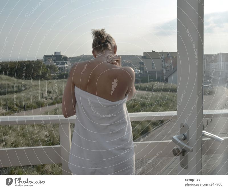 balcony Wellness Life Harmonious Well-being Contentment Vacation & Travel Woman Adults Curiosity Serene Arise Alert Colour photo Morning Balcony Towel
