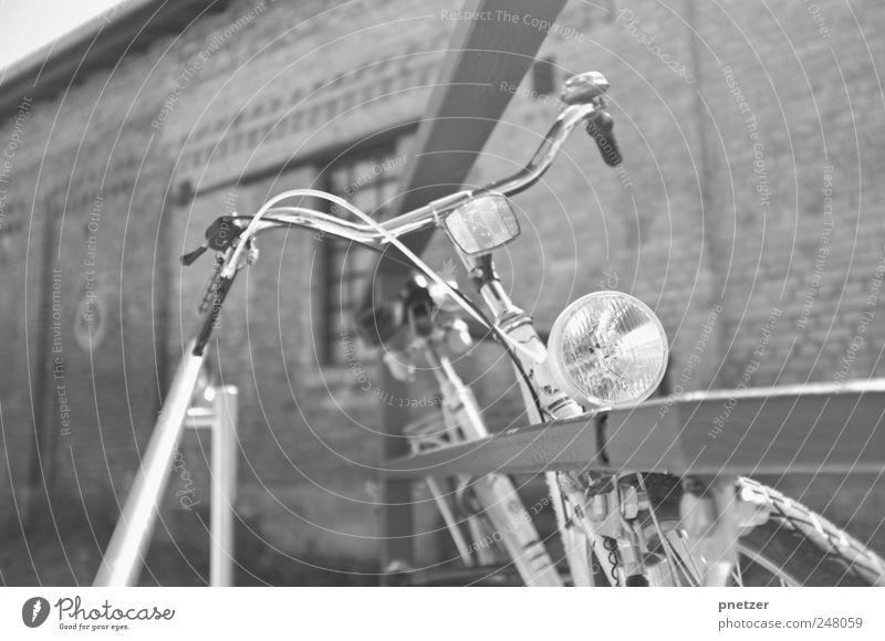 bike Industrial plant Wall (barrier) Wall (building) Transport Means of transport Traffic infrastructure Vehicle Bicycle Movement Driving Speed Lighting
