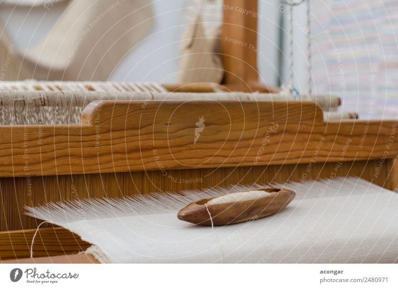 Handmade silk loom in La Palma White Fashion Design Clothing Soft Horizontal Production Raw Self-made Canaries Silk Handkerchief Loom Weaving