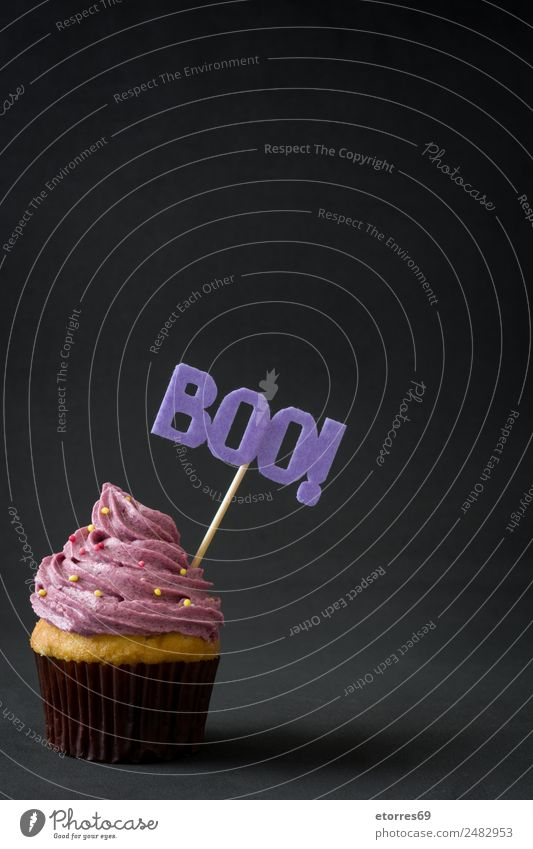 Halloween cupcake Food Cake Dessert Candy Hallowe'en Fresh Sweet Violet Black Fear Cupcake Butter Cream Baked goods Creamy Copy Space Sugar Party October