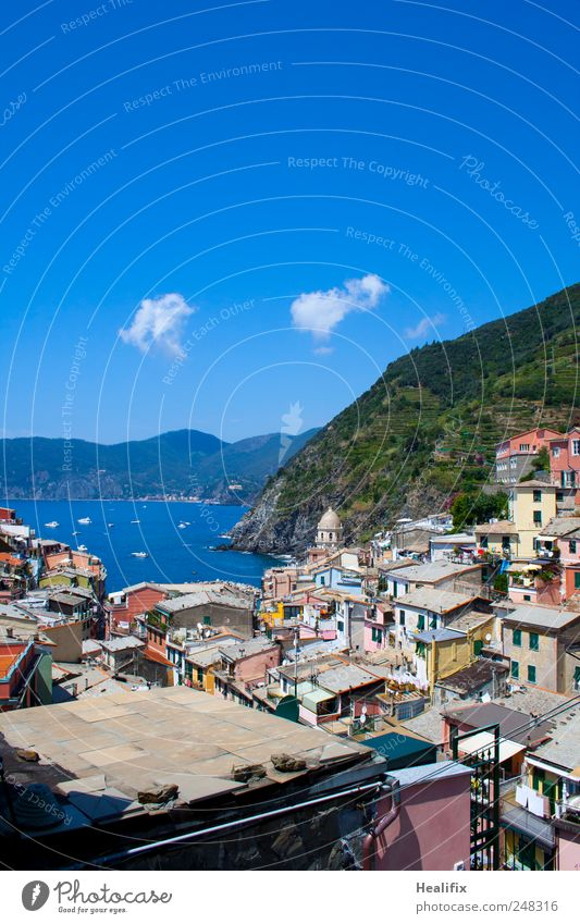 Sky Water Vacation & Travel Ocean Clouds House (Residential Structure) Relaxation Mountain Environment Coast Tourism Roof Hill Italy Village Balcony