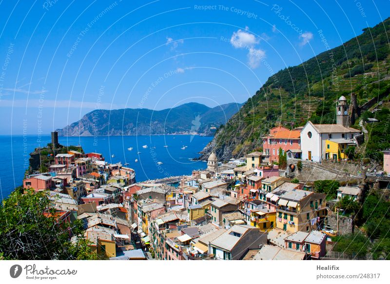 Sky Vacation & Travel Ocean Clouds House (Residential Structure) Relaxation Mountain Landscape Coast Tourism Roof Hill Italy Village Balcony Beautiful weather
