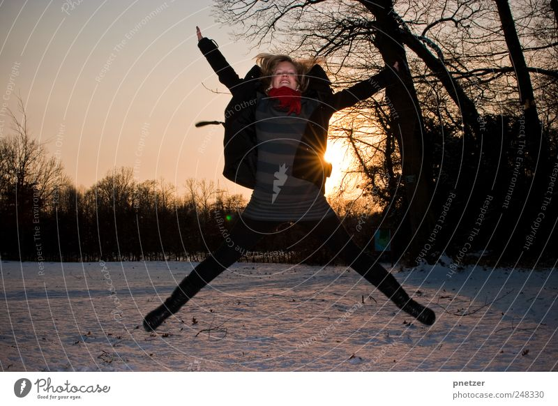 Nature Beautiful Joy Snow Environment Landscape Emotions Happy Jump Weather Healthy Leisure and hobbies Fresh Happiness Climate