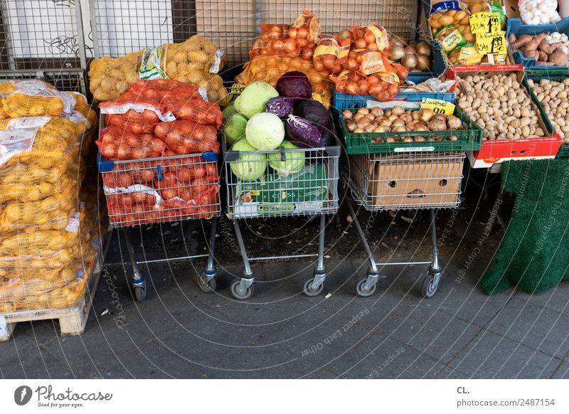 vegetable shop, berlin-kreuzberg Food Vegetable Onion Potatoes Nutrition Organic produce Vegetarian diet Agriculture Forestry Trade Berlin Kreuzberg