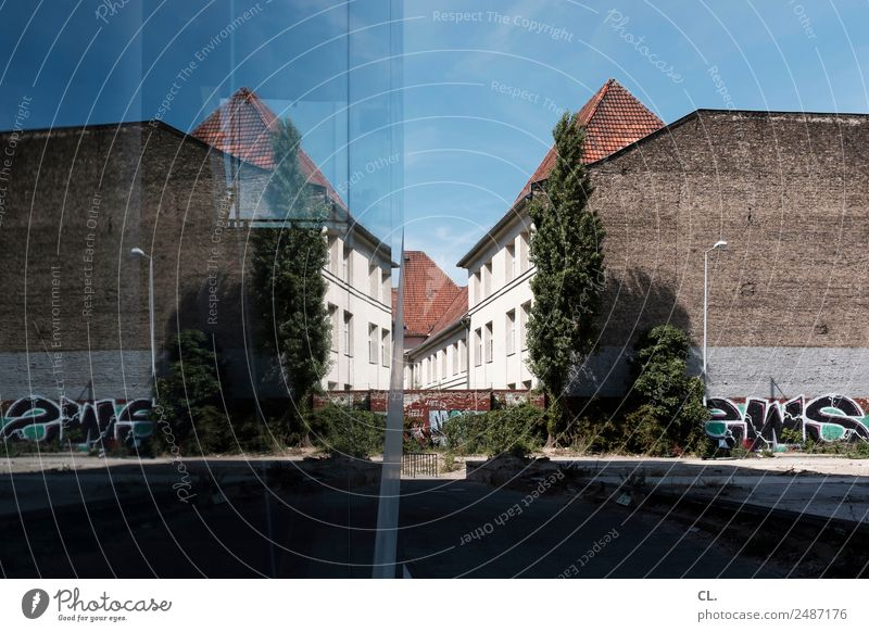 Sky Town House (Residential Structure) Window Architecture Wall (building) Berlin Building Wall (barrier) Beautiful weather Manmade structures Capital city