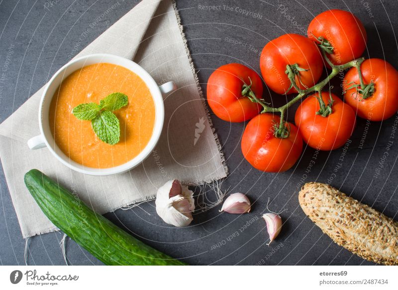 Pumpkin soup and ingredients Food Vegetable Soup Stew Nutrition Vegetarian diet Bowl Healthy Thanksgiving Green Orange Red Black Tomato Cucumber Bread Garlic