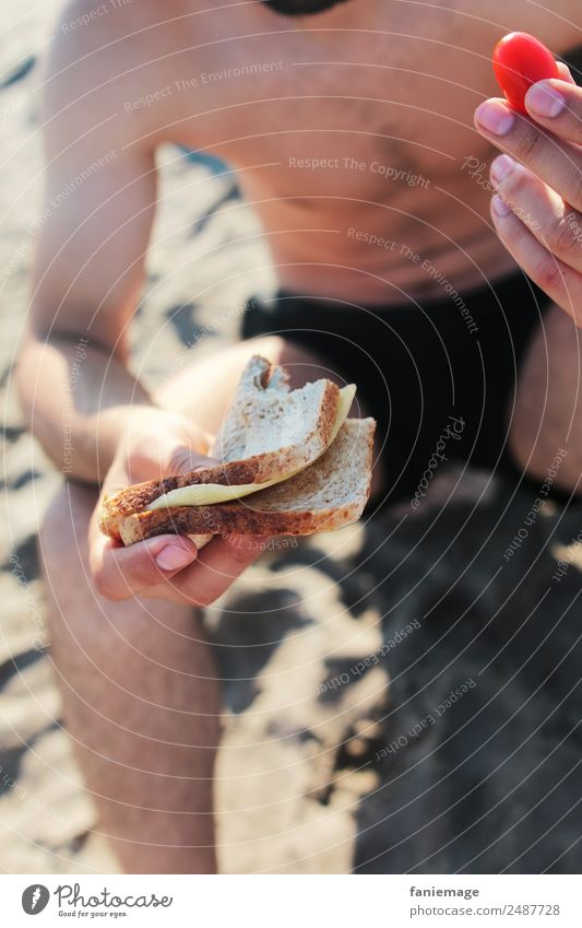 le sandwich III Human being Masculine Man Adults Body Arm Hand Legs Eating Sandwich Tomato Sunbathing Beach Camargue Saintes Maries de la Mer Provence Shorts