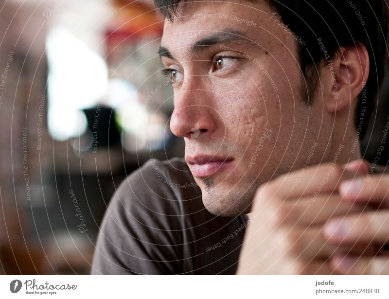 absent present Human being Masculine Young man Youth (Young adults) Head Face 1 18 - 30 years Adults Looking Wait Absentminded Meditative Dreamily Earnest