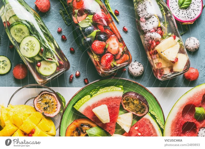 Flavoured water with fruit and herbs Food Vegetable Fruit Apple Herbs and spices Beverage Cold drink Drinking water Lemonade Juice Style Design Healthy