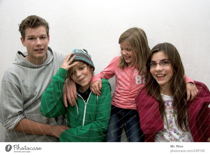 Human being Youth (Young adults) Girl Joy Boy (child) Hair and hairstyles Happy Laughter Family & Relations Infancy Contentment Together Wait Cool (slang)