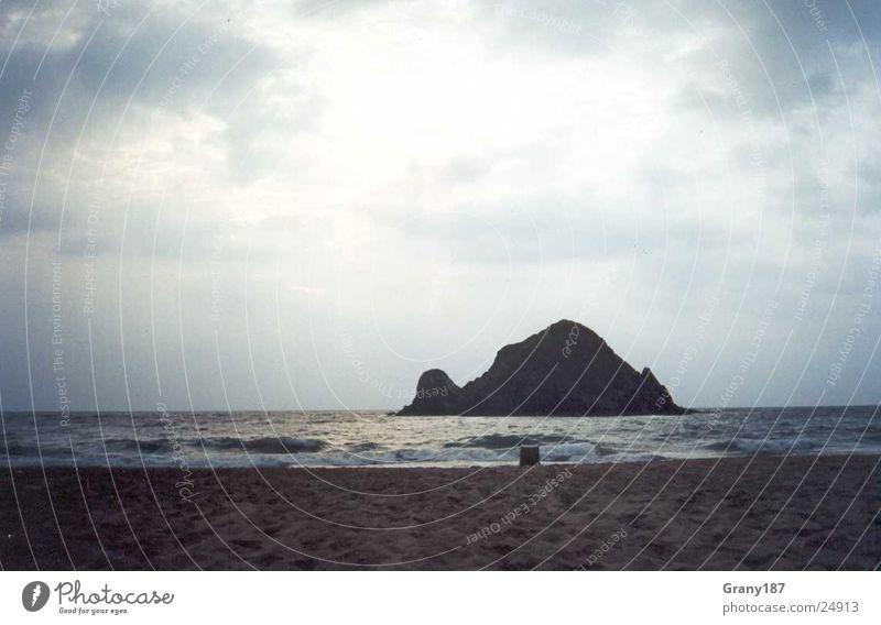 Water Sky Sun Ocean Beach Vacation & Travel Clouds Large Island Iceland Poster Caribbean Sea Arabia Friday Advertising executive Oman