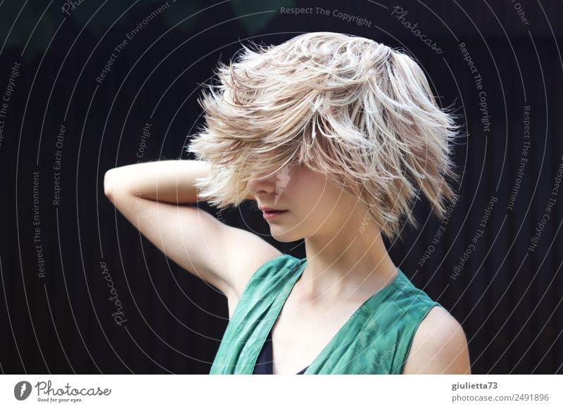 Curious crazy summer hair trend. Feminine Young woman Youth (Young adults) Life 1 Human being 8 - 13 years Child Infancy 13 - 18 years Hair and hairstyles