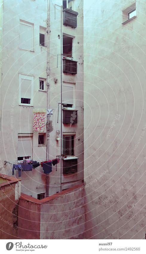 Summer Window Flat (apartment) Balcony Mediterranean South Dry Laundry Backyard Clothesline Rent