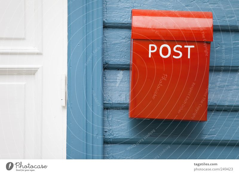 Old Red Door Idyll Communicate Simple Telecommunications Card Pure Write Letter (Mail) Box Nostalgia Email Norway