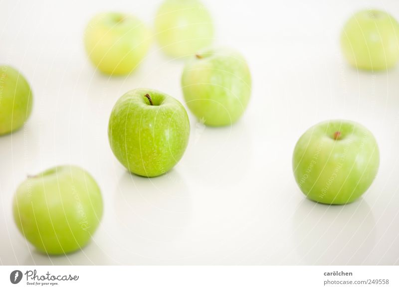 apples Food Fruit Green White Healthy Fresh Delicious Apple High-key Easy Colour photo Multicoloured Interior shot Detail Deserted Copy Space top