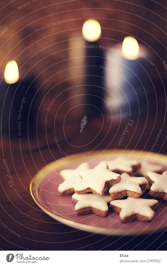 Christmas & Advent Cooking & Baking Candle Delicious Cozy Cuddly Baked goods Cookie To have a coffee Star cinnamon biscuit Candlelit ambience Warm light