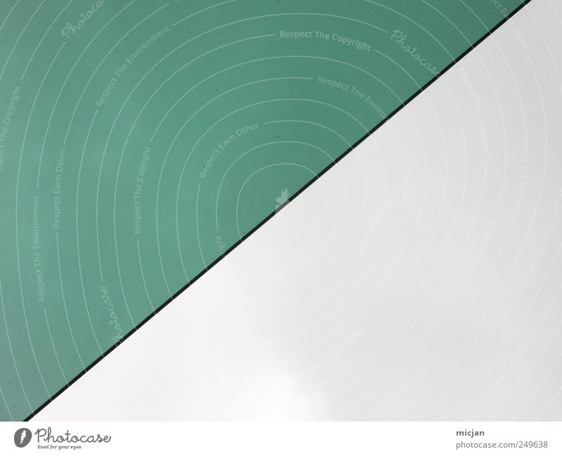 Silence | I wonder if you're listening Line Green Go up Stock market Colour Gray Sky Right ahead Half Colour photo Subdued colour Exterior shot Detail Abstract