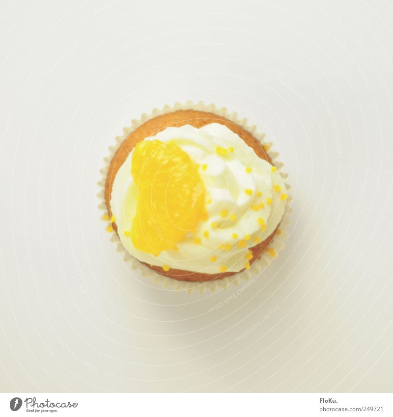 TopCake Food Dairy Products Orange Dough Baked goods Dessert Candy Nutrition To have a coffee Fresh Small Delicious Round Sweet Yellow White Muffin Tartlet
