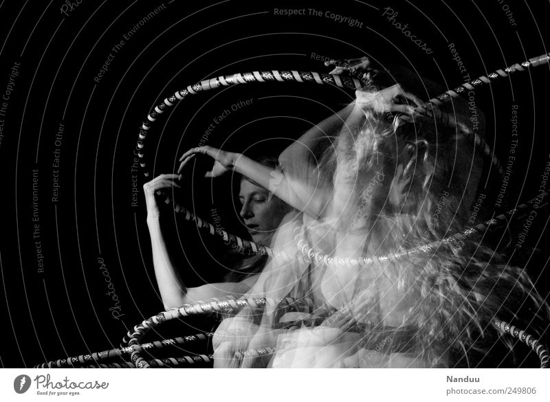 momentum Human being Feminine 1 18 - 30 years Youth (Young adults) Adults Dance Hula hoop Mostly Double exposure Dynamics Swing Spirited stroboscope