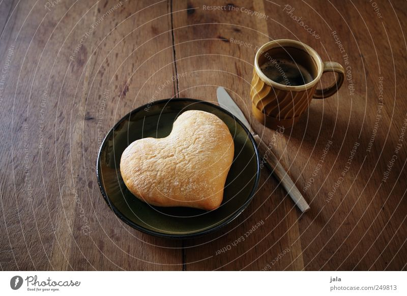 heart Food Roll Breakfast Beverage Hot drink Coffee Plate Cup Knives Delicious Brown Green Joy Joie de vivre (Vitality) Sympathy Friendship Love Appetite