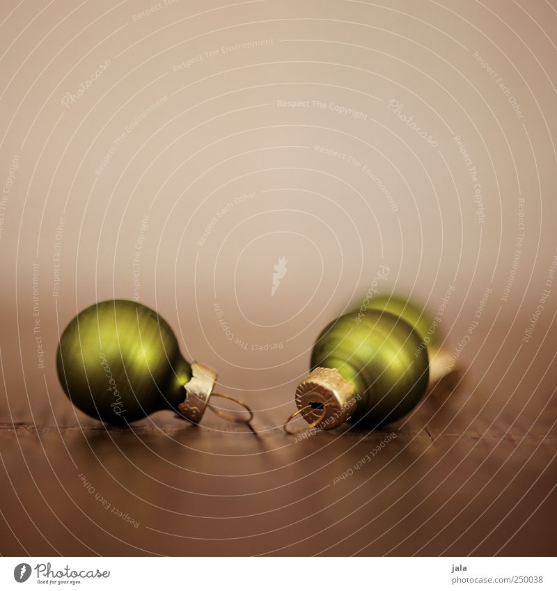 even more christmas decorations Decoration Kitsch Odds and ends Esthetic Elegant Beautiful Brown Gold Green Christmas decoration Glitter Ball Colour photo