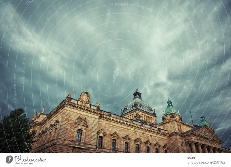 legal position Sightseeing Environment Sky Clouds Storm clouds Weather Manmade structures Building Architecture Dark Historic Might Politics and state