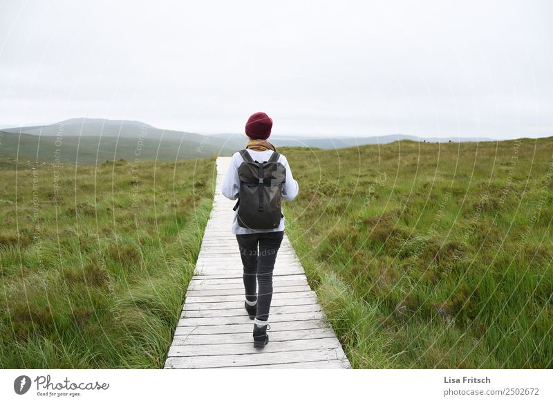 Connemara National Park Ireland, woman with rucksack Vacation & Travel Tourism Trip Mountain Hiking Young woman Youth (Young adults) 1 Human being 18 - 30 years