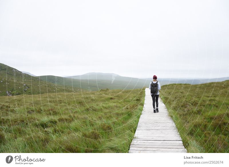 hiking - horizon - magnificent - Ireland Vacation & Travel Tourism Trip Far-off places Mountain Hiking Woman Adults 1 Human being 18 - 30 years