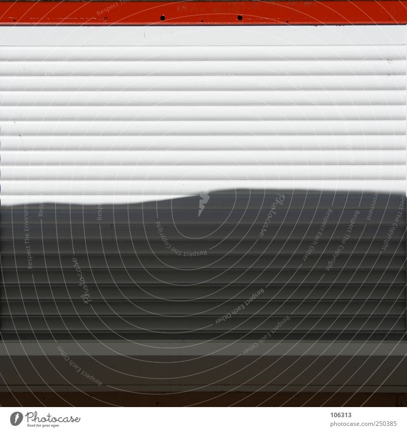 Photo number 208591 Window Metal Red White Slat blinds Venetian blinds Graphic Closed Furrow Insolvency End Calm Commerce Sell Screening Safety Under Parallel