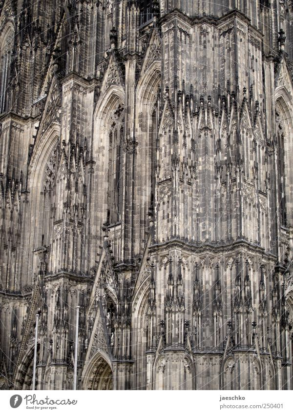 Architecture Religion and faith Facade Tall Church Uniqueness Point Manmade structures Historic Cologne Landmark Holy Dome Tourist Attraction Gothic period