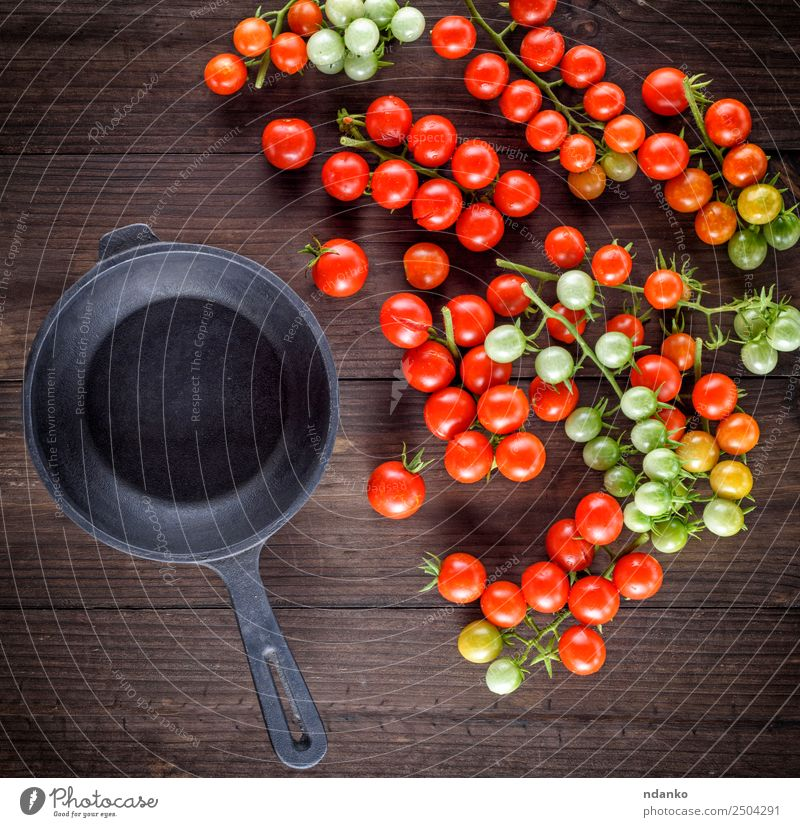 frying pan and red cherry tomatoes Green Red Black Eating Natural Wood Small Copy Space Above Fresh Kitchen Vegetable Mature Vegetarian diet Tomato Salad